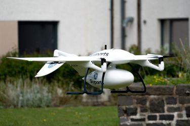 Drones tendrán la misión de llevar mascarillas y otros suministros médicos a un hospital en una isla escocesa