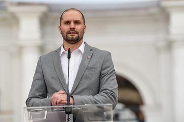 """Jaime Bellolio: """"Es un error hacer de estas elecciones un plebiscito sobre el manejo de la pandemia"""""""