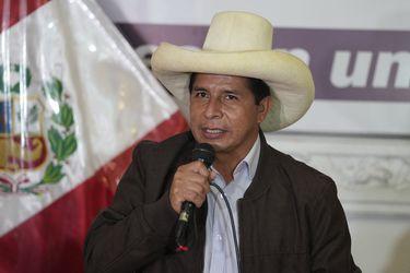 Pedro Castillo se declara ganador de elecciones en Perú tras el final del conteo de votos