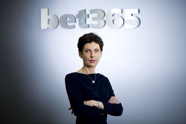 La mujer más rica del Reino Unido ve crecer su salario mientras que su compañía de apuestas online cae por la pandemia
