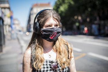 Superpropagadora: una niña de 13 años contagia a 11 personas en una reunión familiar
