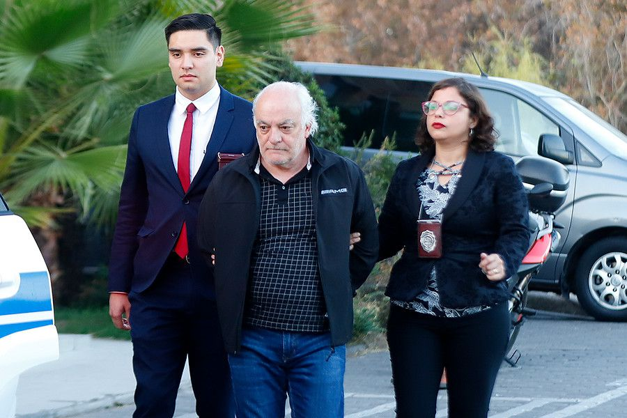 Trasladan al empresario argentino Hugo Larrosa para ser formalizado en el Juzgado de Garantia de Colina