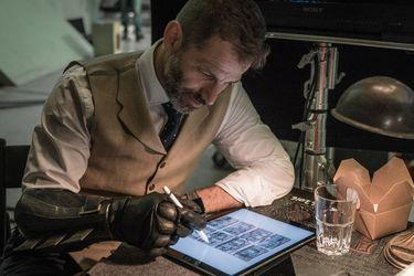 """Justice League: creador de petición para liberar corte de Snyder ahora quiere dinero """"para un documental"""""""