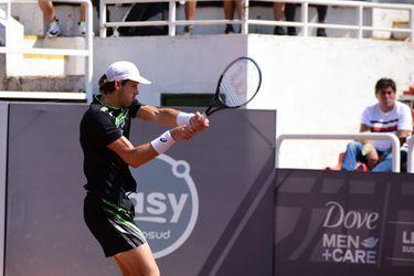 Nicolás Jarry, durante el partido ante Sebastián Báez, por el Challenger de Santiago 2.
