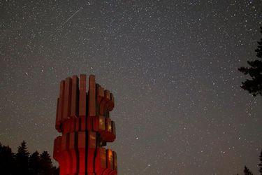 Deltas Acuáridas: la fascinante lluvia de estrellas fugaces que será visible esta noche en Chile