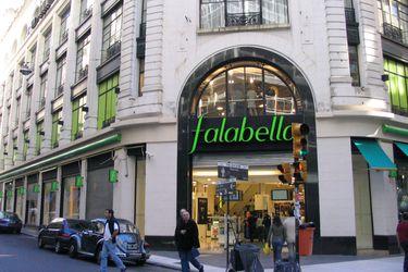 Falabella abre nueva gerencia y recluta a un ex Amazon