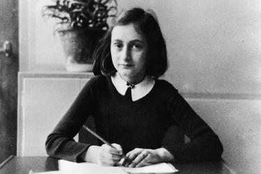 """""""Cuando termine la guerra quisiera publicar un libro"""": se reedita la versión completa del diario de Ana Frank"""