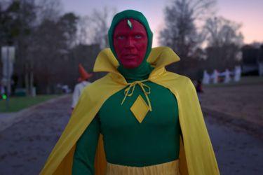 La realidad se resquebraja en el nuevo tráiler de WandaVision de Marvel Studios