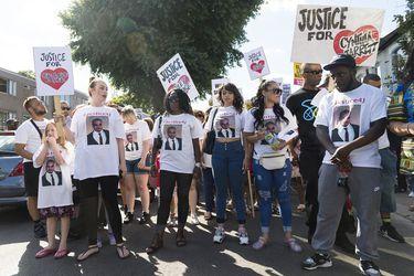 A 10 años del estallido en Inglaterra: expertos advierten que condiciones que llevaron a disturbios tras la muerte de Mark Duggan aún subsisten