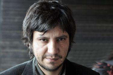 Reedición de Facsímil: Alejandro Zambra vuelve a dar la prueba