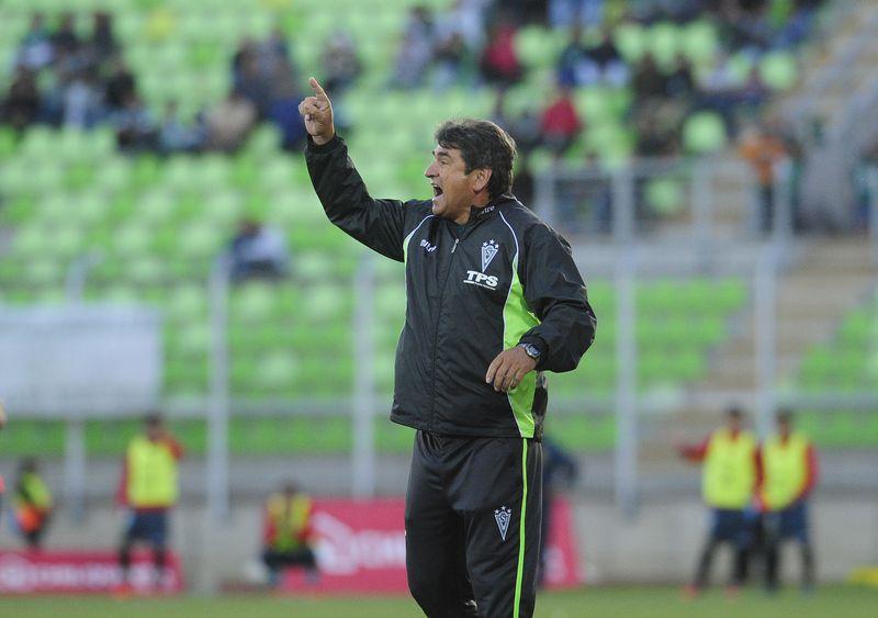 Emiliano Astorga fue anunciado como el nuevo técnico de Santiago Wanderers.