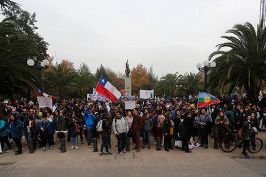 Colegio de Profesores realiza marcha nacional en el cuarto dia de Paro Docente