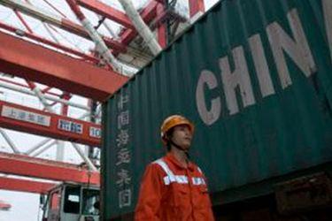 Exportaciones chinas logran aumento récord en febrero desde deprimidos niveles de 2020 por Covid-19