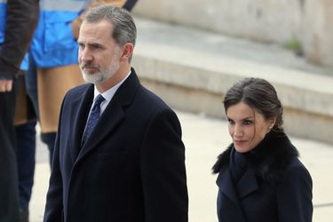 Rey de España inicia cuarentena tras tener contacto con caso de Covid-19 positivo