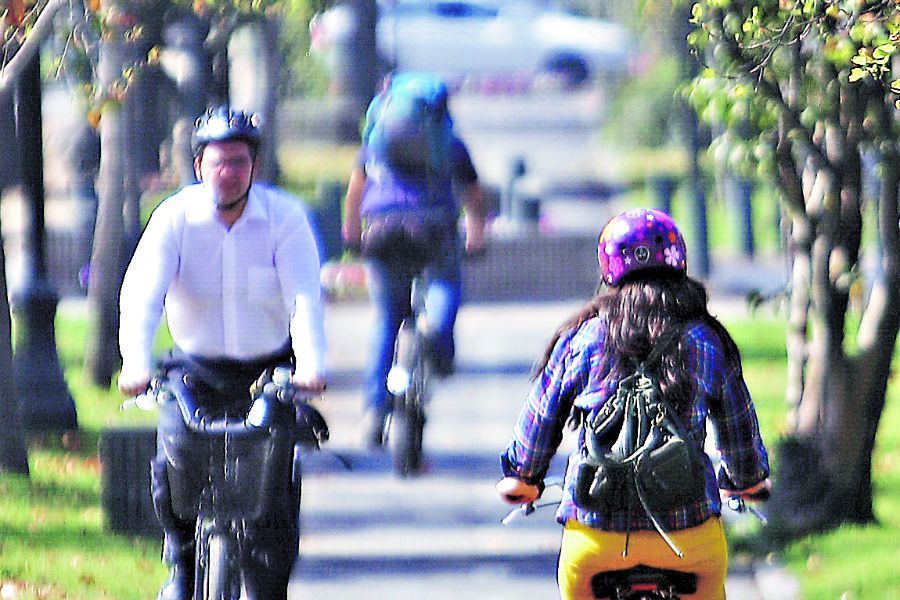 Los ciclistas solo podrán circular por rutas demarcadas.