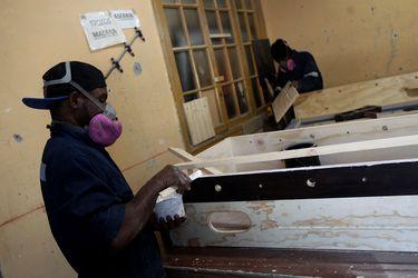 Pandemia le pasa la cuenta también a las remesas: envíos al extranjero se estancan en 2020