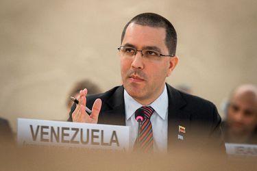 """Canciller de Maduro responde a Allamand por crítica a Venezuela: """"Su gobierno no tiene facultad, ni autoridad moral para hablar de DD.HH. en ningún otro país"""""""