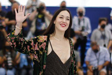 """La chilena Dominga Sotomayor tras su debut en Cannes: """"Se siente como un nuevo comienzo para el cine"""""""