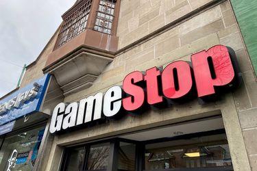 GameStop pierde al CEO en la última reorganización de la gestión