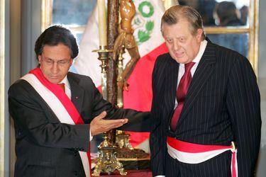 Presidente Castillo nombra segundo canciller en menos de un mes tras presión de la Armada peruana