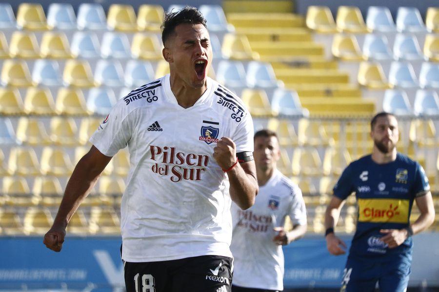 Iván Morales celebra el 0-1 de Colo Colo ante Everton. Foto: AgenciaUno.
