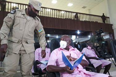 """El ocaso del """"héroe"""" contra el genocidio en Ruanda: enfrenta juicio por terrorismo"""