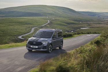 Ford introduce el furgón Tourneo Connect, el primer vehículo comercial de la alianza con Volkswagen