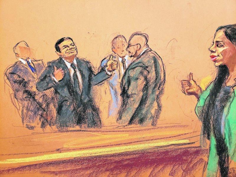 Ilustración del juicio de El Chapo la semana pasada. El capo saluda a su esposa, Emma Coronel.