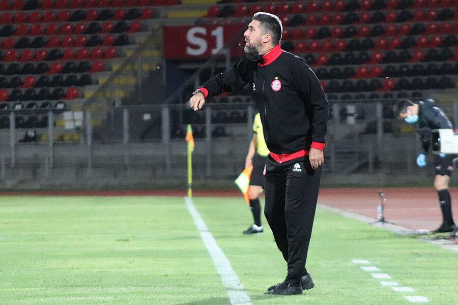 Tomás Arrotea fue despedido de Unión San Felipe después de acumular tres derrotas en la Primera B.