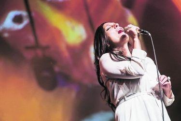 "Javiera Parra: ""Hay oportunismo cultural en torno a la obra de Violeta Parra"""