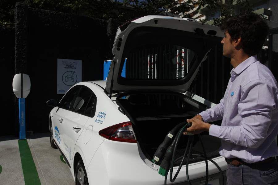 Carga de autos eléctricos