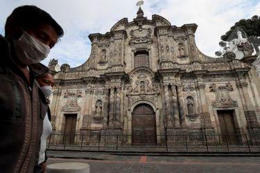 Ecuador: Actividades religiosas se reanudan de a poco pero misas públicas continúan prohibidas