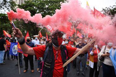 Indígenas de Ecuador protagonizan día de furia contra política económica del gobierno