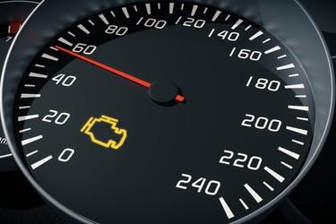 """Se prendió la luz de """"Check Engine"""" ¿Entro en pánico o no?"""