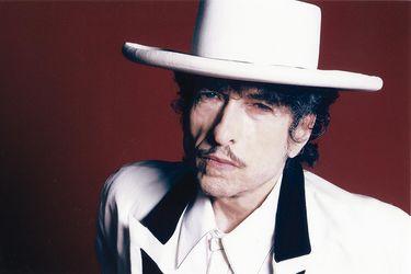 """""""Permanezcan a salvo y estén alertas"""": Bob Dylan, el profeta del mundo que cambió"""