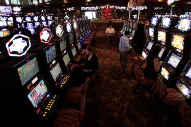 Superintendencia aprueba nuevo protocolo para que casinos de juego puedan operar en fase 4