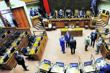 Senado pide a Hacienda postergar votación de proyecto proinversión ante criticas de pymes