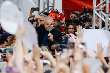 Former Brazilian President Luiz Inacio Lula da Silva delivers a speech after being released from prison, in Curitiba