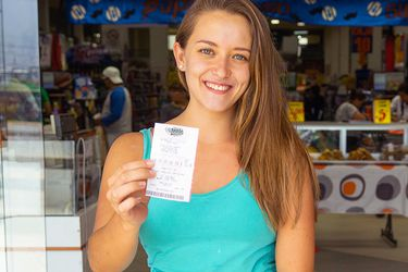 Miles en Chile buscan ganar US$460 millones en loterías de Estados Unidos