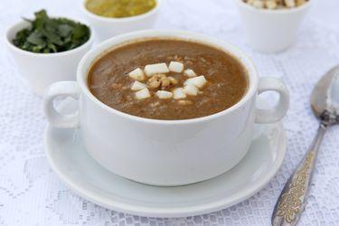Aprende a hacer sopa de berenjenas asadas