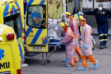 Informe epidemiológico: DEIS cifra fallecidos confirmados y sospechosos por Covid-19 en más de 14.400