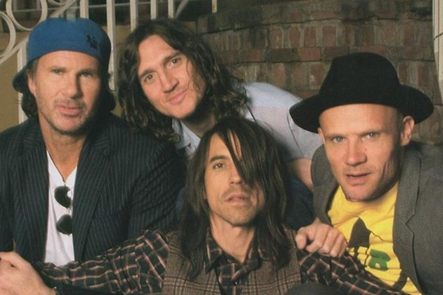 red-hot-chili-peppers-2020