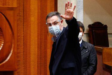 Ossandón acude al TC para impedir que fiscalía logre su desafuero en la Corte Suprema