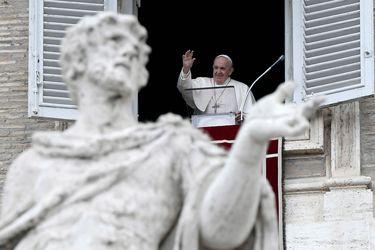 El Papa Francisco se enfrenta a pruebas sobre el aborto y los derechos de los homosexuales