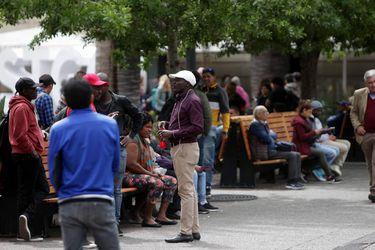 """Sangría en el """"oasis"""" latinoamericano: el dilema de los migrantes que llegaron en busca del """"milagro chileno"""""""