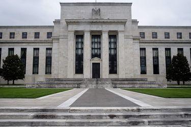 Una caliente economía estadounidense impulsa la inflación mundial, forzando a los bancos extranjeros a actuar