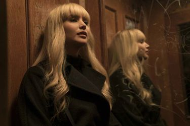 new-poster-and-photos-for-jennifer-lawrences-russian-assassin-thriller-red-sparrow2