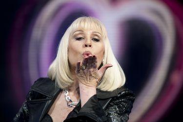 De su retiro de la música a los intentos frustrados por traerla de vuelta a Viña: los últimos días de Raffaella Carrà