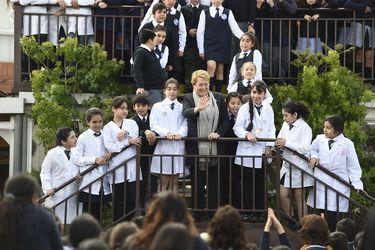 Bachelet y las niñas
