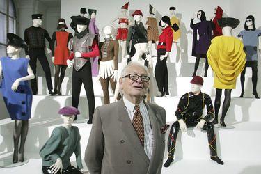 Pesar en el mundo de la moda, a los 98 años fallece Pierre Cardin pionero del prêt-à-porter